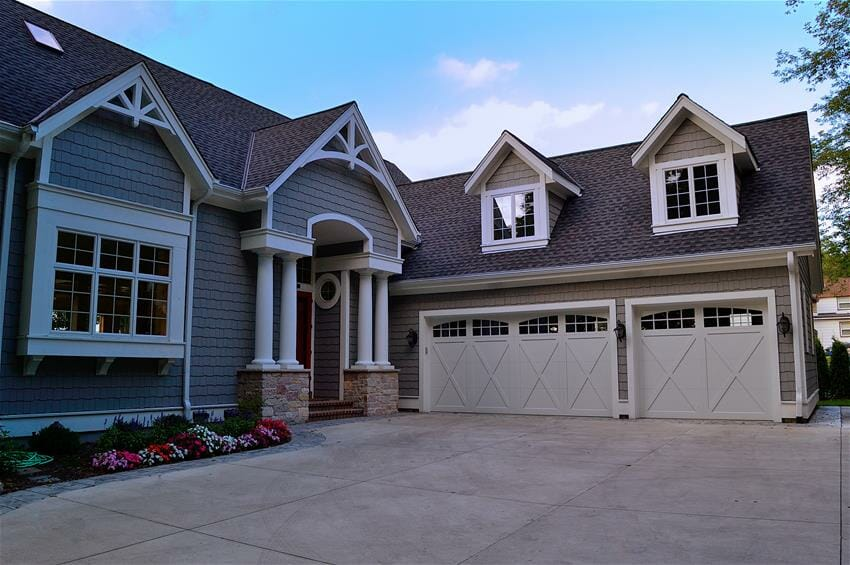 5800-overhead-garage-door