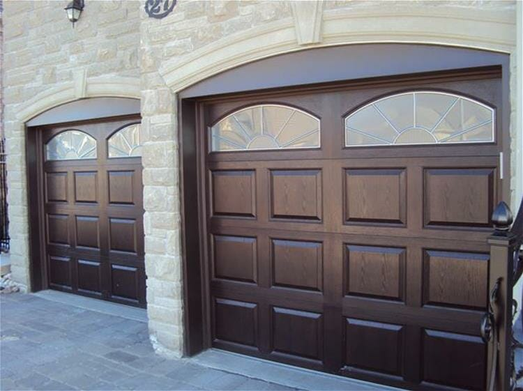 2752-garage-door-with-glass